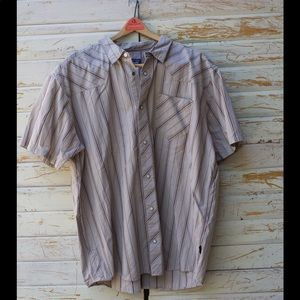 Patagonia Mens Short Sleeved Button Down